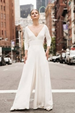 Deep V-neck Bridal Jumpsuit Modern Wedding Culottes wps-140